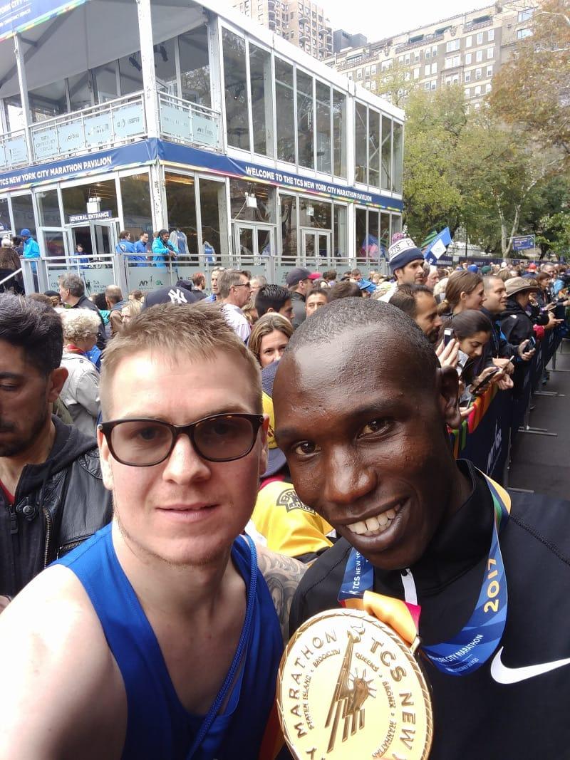 A selfie with Geoffery Kamworor