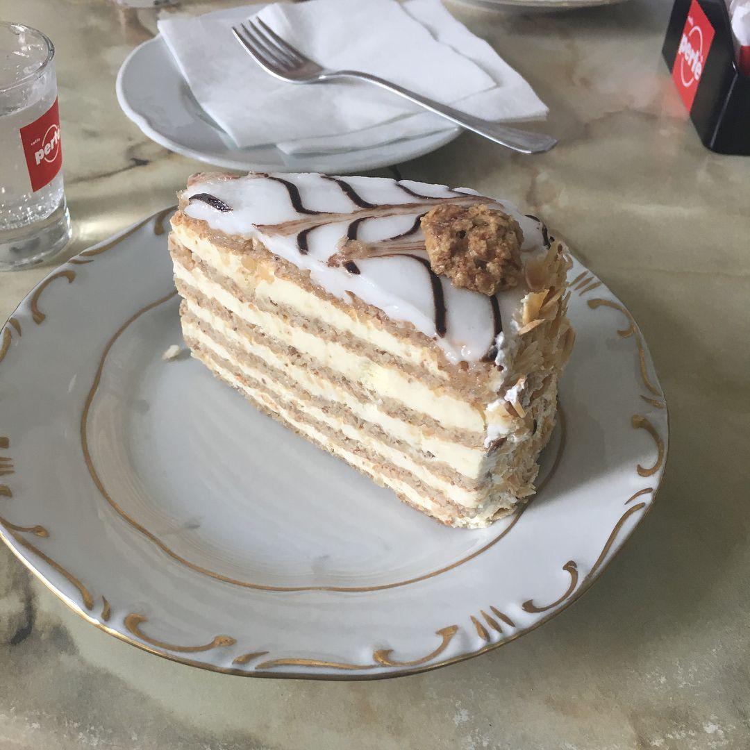 More Hungarian cake