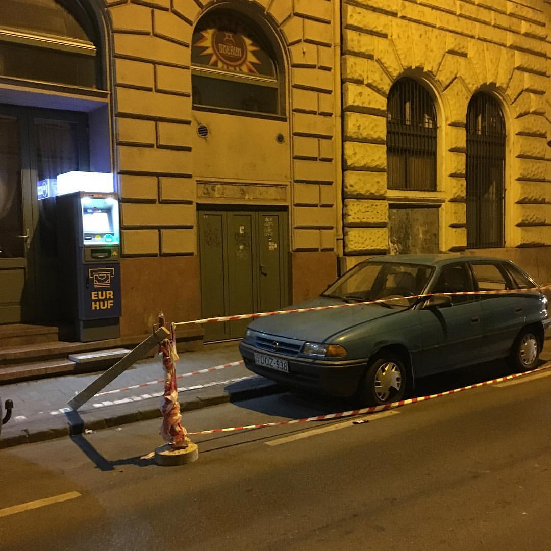 This is how the Hungarians do clamping